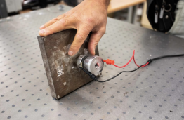 KTU researchers developed new technology for precision grinding